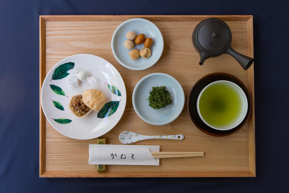 くるみ最中と 有機栽培煎茶「まろみ煎茶」